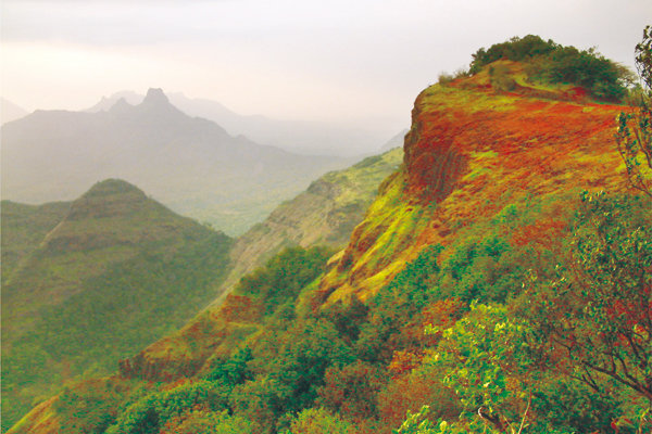 Top 10 Places To Visit In Pune